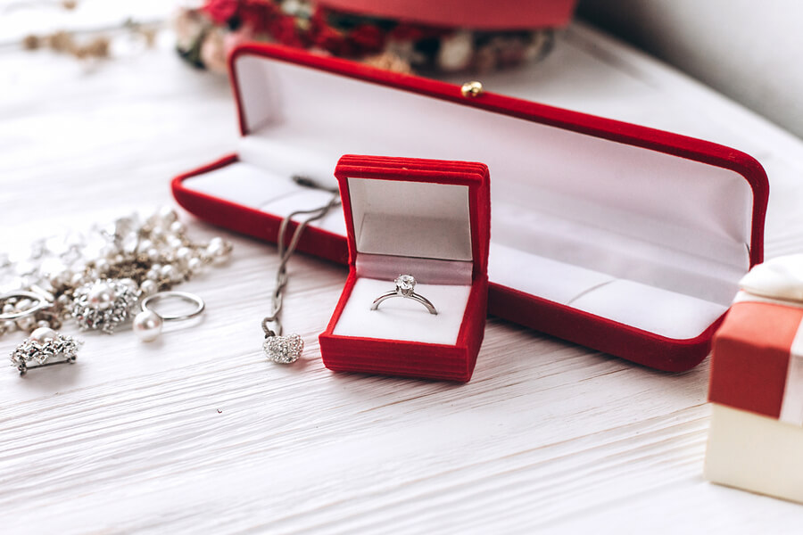 Insurance for your jewelry in Gilbert, AZ